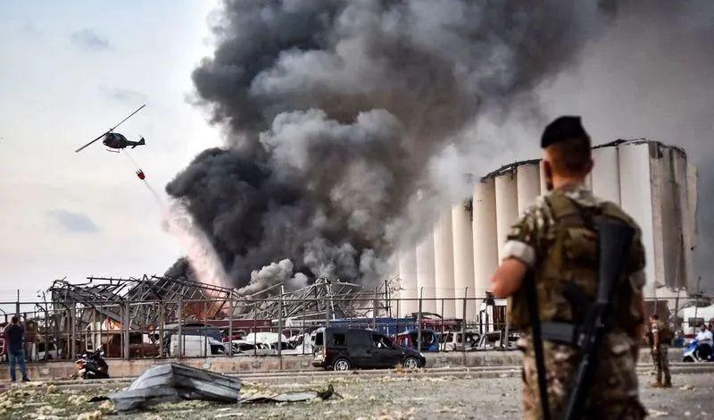貝魯特港口爆炸細節曝光!和天津港如出一轍:是人放出了地獄的火!